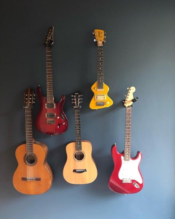 Wand Gitarren